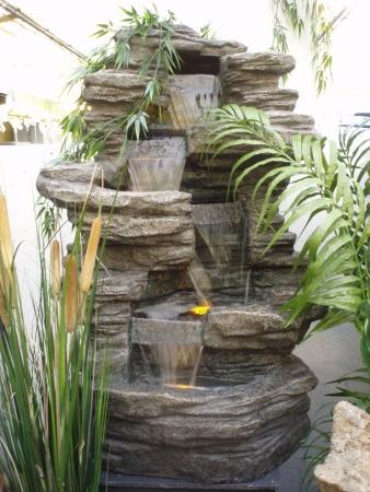 Waterpartijen ornamenten assortiment tuincentrum for Waterornament tuin